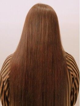 ヘアースタジオ ジール 大塚店(Zeal)の写真/【カット+カラー+縮毛矯正¥13000→¥11000】コスパ◎で髪のお悩みを解決し、自宅でもまとまりのある美髪へ