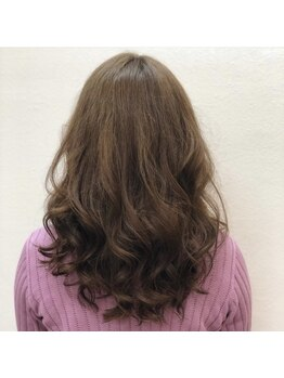 """ヘアーブランシェ 貝塚店(HAIR Branche)の写真/流行の""""ゆるふわ""""な毛先で大人キレイなニュアンスを楽しもっ★♪お手入れ&まとめ髪のアレンジも簡単に♪"""