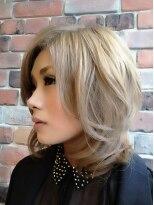 アーティカルヘア(ARTICAL HAIR)【ARTICAL HAIR】ミルクティーベージュ×ゆる巻き