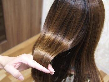 スピン ヘアー 烏丸店(Spin hair)の写真/トリートメントが豊富だからこそ、理想のうるツヤ髪が叶う!あなたにぴったりのトリートメントを見つけて♪