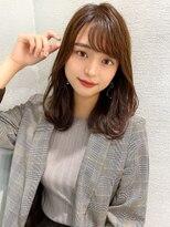 シェルハ(XELHA)アフロート斎藤 20代30代小顔ミディアム流し前髪似合わせカット