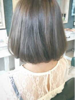 バレルヘアー(Valer hair)の写真/シャキンとまっすぐなり過ぎない♪ダメージレス施術でずっと触っていくなる憧れのツヤ髪を手に入れて☆