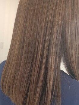グラン ヘアー(GRAND HAIR)の写真/《星が丘》気になるパサつき、うねりなどを整え潤いに満ちた髪に♪縮毛矯正は柔らかでナチュラルな仕上がり