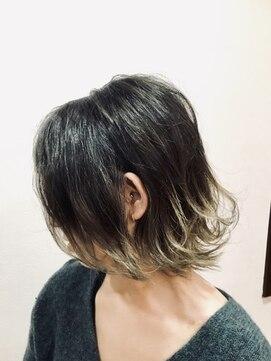 ツートンボブ L ヘアーデザイン リィル Hair Design Rire のヘアカタログ ホットペッパービューティー