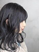 大人可愛い黒髪シアーミントグリーンエレガントデジタルパーマ