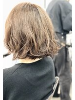 エトネ ヘアーサロン 仙台駅前(eTONe hair salon)前下がりウェーブボブ