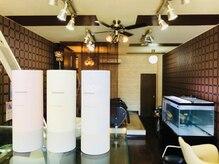 ヘアースタジオ アール(HAIR STUDIO R)の雰囲気(ゆったりとした開放感ある店内。)