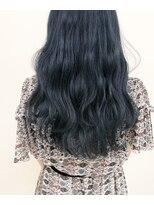 ルッツ(Lutz. hair design)ブルーブラック