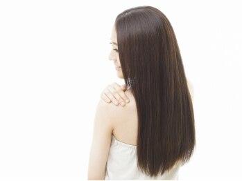 インパクト ヘアー(IMPACT hair)の写真/【東広島/西条】1人1人の髪質やクセを見極め、的確な施術◎クセの出やすい時期もまとまるストレートに♪