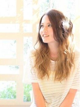 プチ スリジエ(Petit Cerisier)の写真/1人1人の髪の状態に合わせたトリートメントを、カラー剤に配合♪本質から美しく、艶やかな髪色に☆