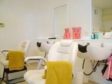 カットワン 新潟大学前店(Cut ONE)の雰囲気(白を基調とした清潔感ある店内☆シャンプーで癒しの一時を♪)