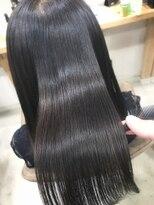 アンフィフォープルコ(AnFye for prco)【AnFye for prco】つやっつやの艶髪「髪質改善+縮毛矯正」