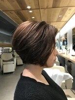 ビスヘアアンドメイク(BIS hair&make)大人ショートボブ