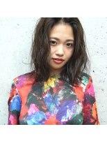 フェス カットアンドカラーズ(FESS cut&colors)オリーブベージュふわミディスタイル『FESS 鶴丸』