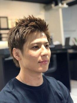 メンズ ヘアープロデュース フェード(Men's hair produce FADE)の写真/寒色系の色味もハッキリ入る【THROW】カラー使用。しっかり髪に馴染むので、内部からの透明感のある発色に!