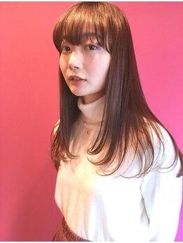 シーカ(SIIKA)の写真/【SIIKA】オリジナルトリートメントで傷ませない髪へ。綺麗な髪が女性の輝かしい日々を創りだす。