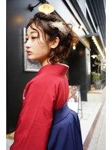 【卒業式 袴着付け予約受付中】プロによる着付け&トレンドのヘアアレンジで特別な日に。[※電話予約のみ]