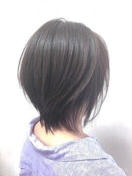 シャイニング ヤマテ(Shining yamate)の写真/白髪をオシャレにカバー★低ダメージなので何度でも染めれて綺麗な髪をキープできる!!【リピート率◎】