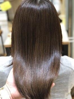 トライベッカ 浦和店(TRIBECA NY∞K)の写真/【TOKIOトリートメント】毛髪強度を高め、しっとり艶髪へ★加齢による細毛/ハリコシがなくなってきた髪に◎