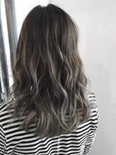 ルフ ヘアーデザイン(ruf hair design)【ruf hair design】セミロングスタイル バレイヤージュカラー