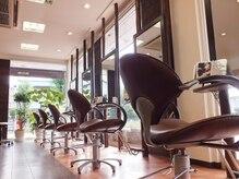 ヘアルーム モア(hair room More)