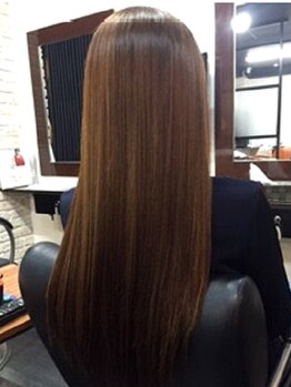 アクシス モア クオリティー フロム ノア(axis More quality from NOAH)の写真/[元町駅1分]《あなたの髪も見違える!?》1回1時間半のこだわりのトリートメント☆どんなカラーでも手触り◎