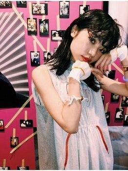 シーカ(SIIKA)の写真/学割アリ。今が1番、FashionやHairを楽しめる時だから…おしゃれ可愛い女の子に☆★☆