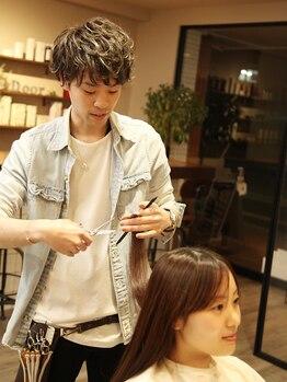 ヘアーアンドライフ ドア(hair&life Door)の写真/【鶴瀬駅西口】スタイリストの高い技術で自宅でも手入れのしやすい髪へ。あなたの髪のお悩みも解決へ導く♪