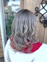 ヘアー リラクゼーション アンヴィ(Hair Relaxation anvi)ホワイトパールアッシュ