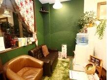 ジェナフレーム(jena frame)の雰囲気(【待合スペース】オシャレで可愛いインテリアがたくさん!!)