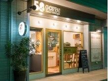 ゴッパヘアデザイン 実籾店(58GOPPA!hair design)の雰囲気(【実籾駅北口徒歩3分】こちらが、サロンの外観です。)