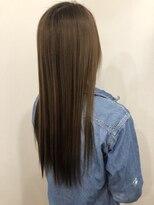ヘアー チクタク(Hair Ciku-taku)ハイライト×イルミナアッシュ