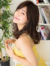 バランス ウラワ(balance URAWA)無造作なアンニュイカールで☆大人かわいいミディアムレイヤー