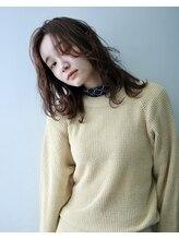 ペィジバイネオリーブ(Paige by Neolive)【Neolive吉祥寺】ピンクベージュ×レイヤー
