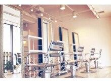 ニューコンセプトヘアーディープ 千葉店(new concept hair deep)の雰囲気(リラックスしながら施術を受けられます。)