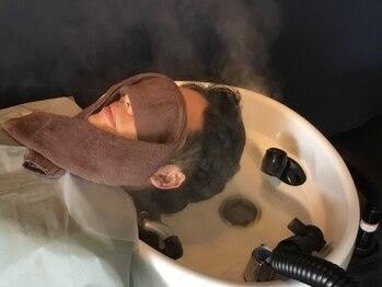 リアン プレミアムバーバー(Lien premium barber)の写真/【中央通×2席のみ】メンズの為のヘッドスパ!毛穴の汚れ・地肌の汗や匂い・お疲れ頭皮を極上スパで解決。