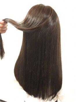 髪質改善ヘアエステサロン ラフォンテ(La fonte)の写真/髪質改善に徹底的にこだわったオーダーメイドのヘアエス!必要な栄養分・水分を調合し扱いやすい髪へ◎