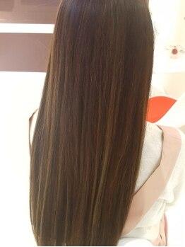 チームヘアー(TEAM hair)の写真/【艶活】ダメージレスで鮮やかな発色♪綺麗な色味の、大人気[イルミナカラー]がお得に試せるクーポン有り!