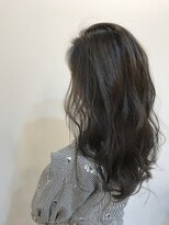 ヨロー ヘアー ルーム(Y.O.L.O hair room)挑戦しやすい極細ハイライトでサラッと透明感バツグンスタイル