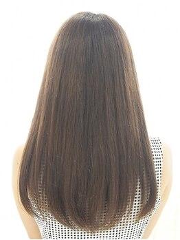 ルナラックスビー 沖縄店(Luna LUXBE)の写真/【沖縄にNEWOPEN】《プラチナ縮毛矯正》でなめらかな手触りの髪質へ♪朝のスタイリングもストレスフリー☆