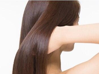 リガール(LIGAR)の写真/一度痛むと戻らない髪だから、こだわり抜いた薬剤を使用しダメージレスにツヤツヤ、サラサラを実現します。