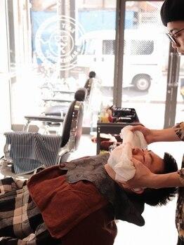 ザセカンドイーストサイドバーバーショップ(The Second EAST SIDE BARBER SHOP)の写真/『BARBER』に通うなら首から上は任せてください。それが『BARBER』