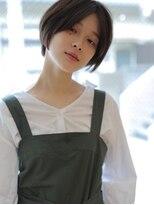 アグ ヘアー ドレス 喜久田店(Agu hair dress)ストレートタッチのセンターパートショート