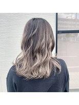 ヘア ヴィーヴル 田宮店(Hair BIVRE)軽やかなバレイヤージュヘア