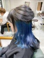 デイズ(days)グレージュ×インナーカラーブルー☆ブリーチWカラーボブ