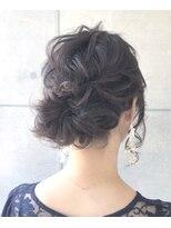 ジル ヘアデザイン ナンバ(JILL Hair Design NAMBA)王道アップスタイル