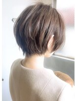 《Agu hair 妹尾》大人かわいい小顔ひし形ショートボブショート