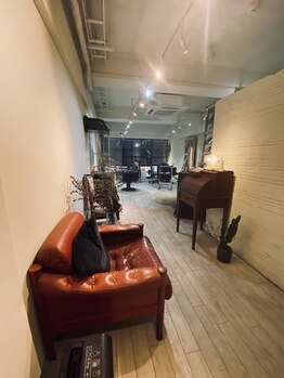 ドア(doa.)の写真/まるでNYのギャラリーの様なアンティーク家具、アロマとゆるやかな音楽…癒しの完全マンツーマンサロン♪