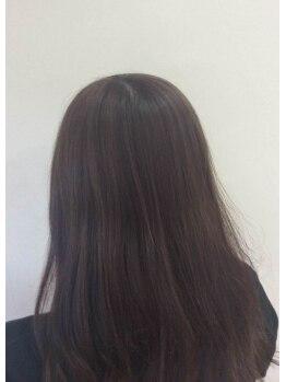 ヘアーズケアーダブルの写真/【熊取駅1分】暗くなりすぎないオシャレな白髪染めでさらにキレイに!ナチュラルだけど大人上品な仕上がり♪