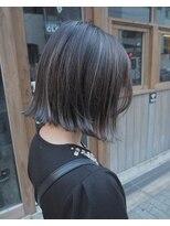 黒髪ボブのおすすめヘアアレンジ・前髪アレンジ方法・メイク方法